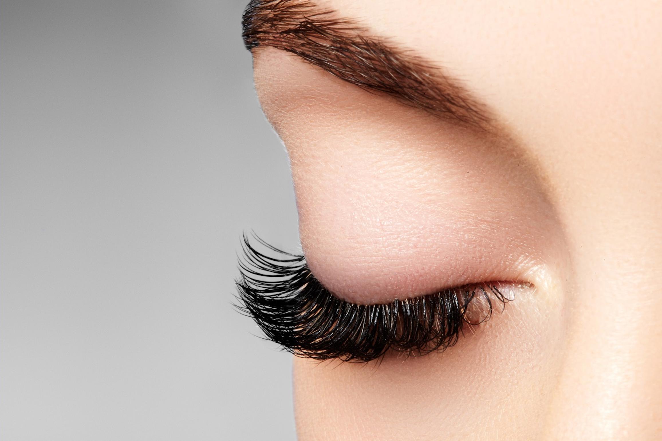 The Dangers of Eyelash Extensions - Adelaide City Optometrist
